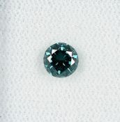 Loser Brillant, ca. 0.63 ct blau (beh.) Schätzpreis: 1100, - EURLoose brilliant, approx. 0.63 ct