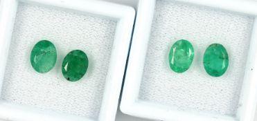 Lot 4 lose Smaragde, zus. ca. 4.1 ct, oval facett., versch. Größen Schätzpreis: 260, - EURLot 4