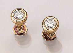 Paar 18 kt Gold Ohrstecker mit Brillanten, GG 750/000, 2 Brillanten zus. ca. 1.0 ct feines Weiß-