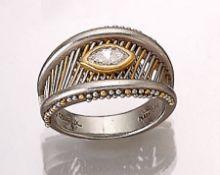 CADEAUX Platin Ring mit Diamant, Platin undGG 900/000, in GG gefasste Diamantnavette ca. 0.30 ct