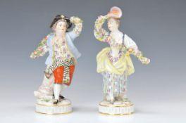 Figurenpaar, Meissen, 2.H.20.Jh., Gärtner mit Blumengirlanden, Modellnr. 61246 u. 61247,