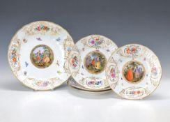 """Vier Zierteller und eine Prunkschale aus dem berühmten """"Drei-Kaiser-Service"""" Meissen, um 1870,"""