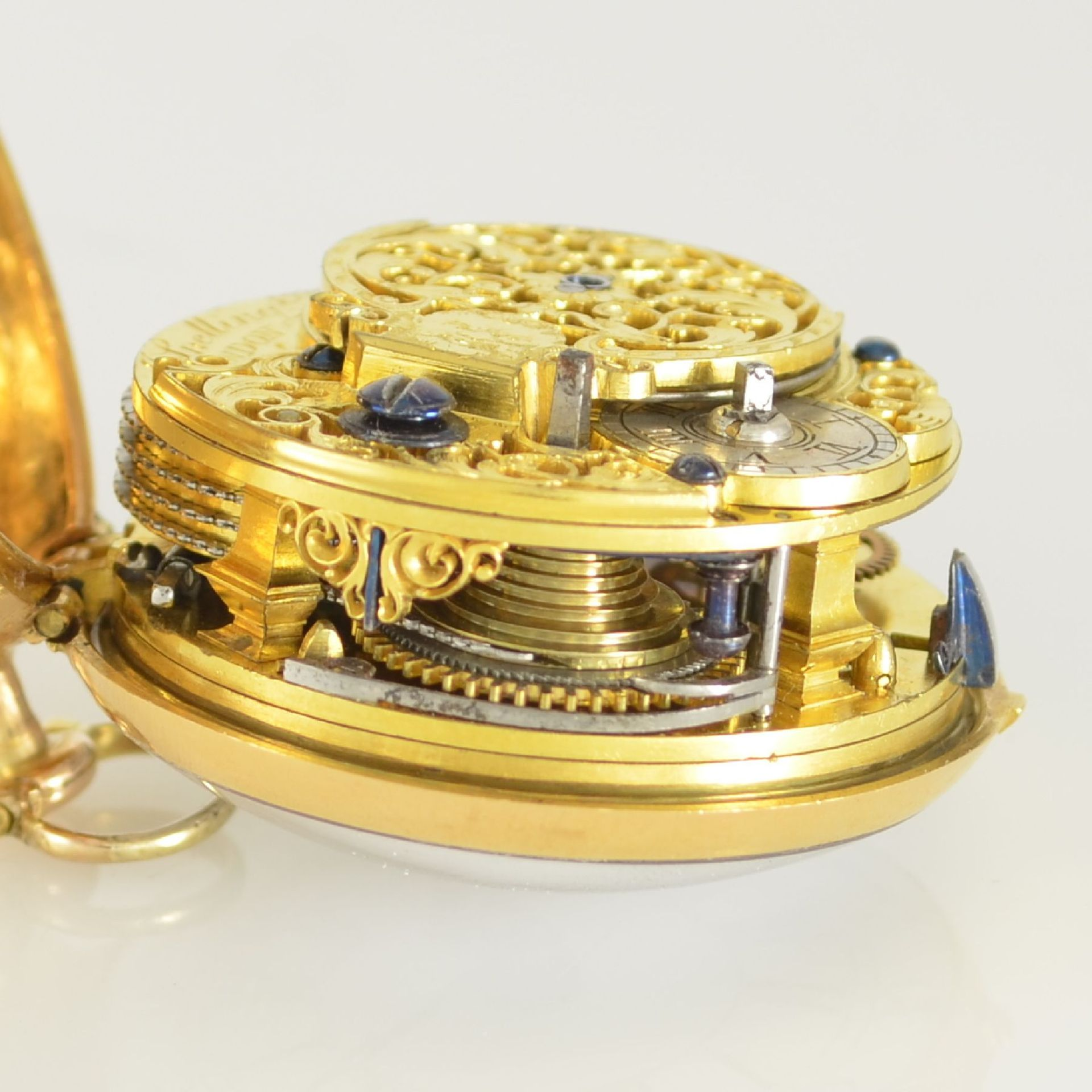 J. SNELLING London offene Taschenuhr in GG 750/000 mit Repoussée-Übergehäuse, um 1740, - Bild 10 aus 10