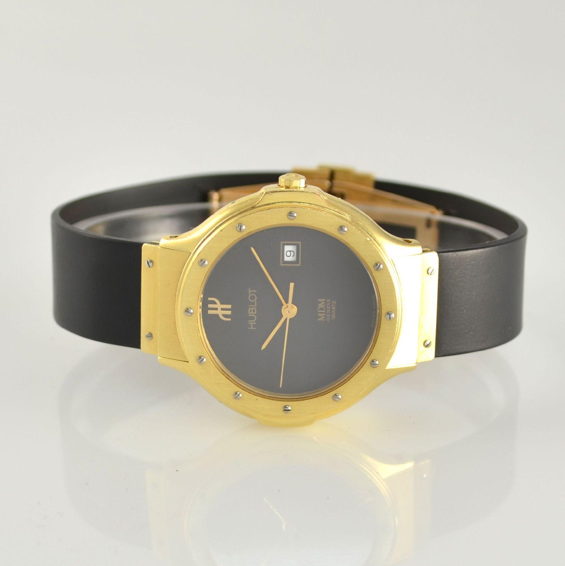 HUBLOT MDM Armbanduhr in GG 750/000, Schweiz um 1995, quarz, Ref. 140.10.3, massives Goldgeh., Boden