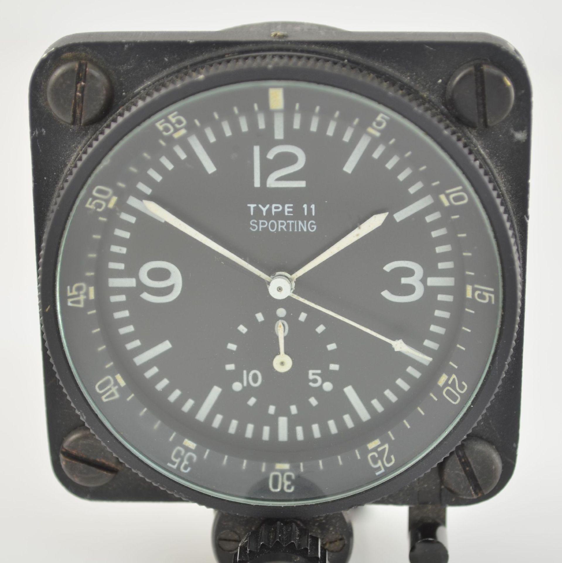 SPORTING TYPE 11 Borduhr mit Chronograph (Dashboard), Schweiz um 1970, geschwärztes Metallgeh., - Bild 2 aus 7