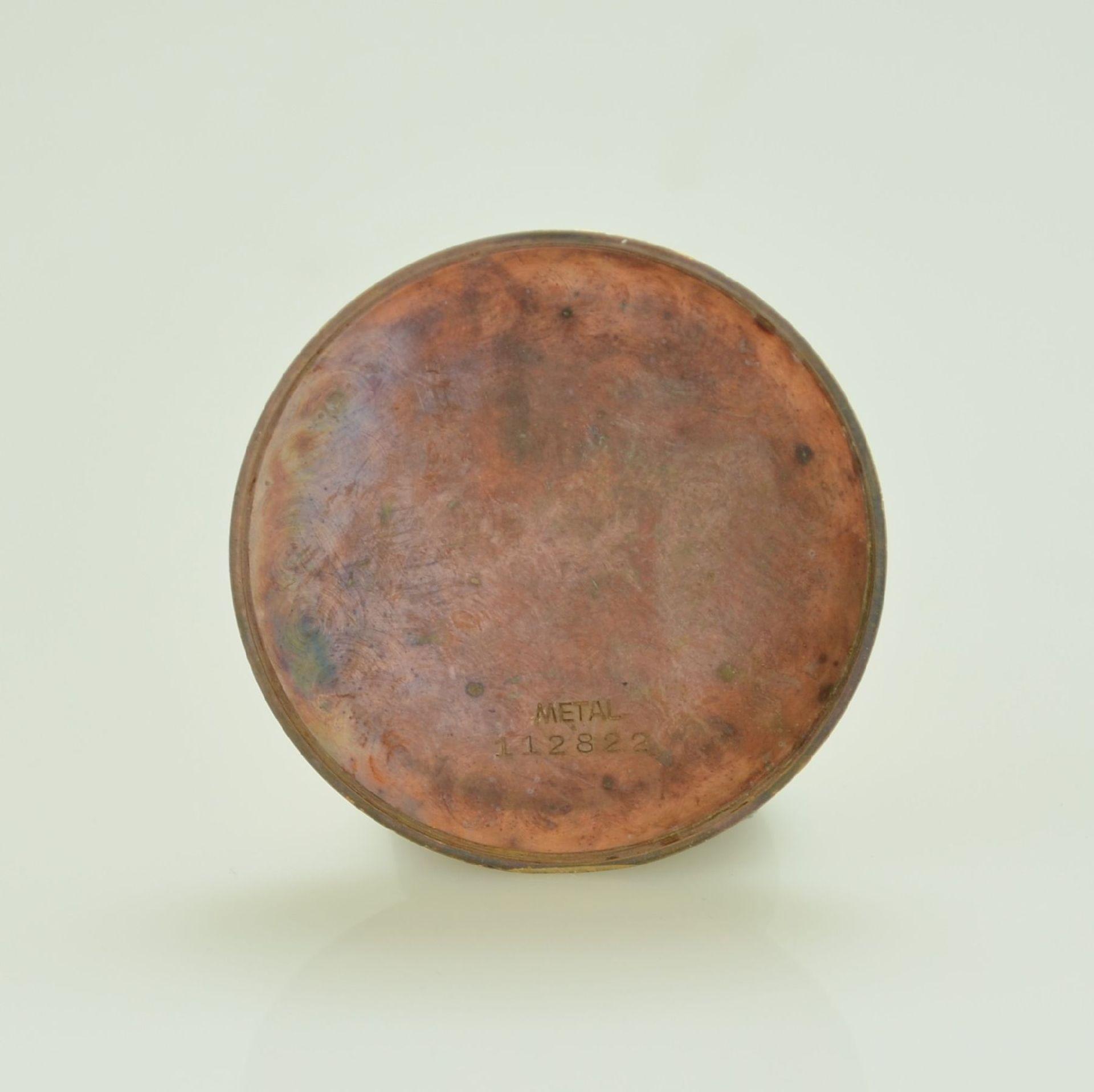 Herrenarmbanduhr mit Chronograph in 750/000 RoseG, Schweiz um 1950, Boden & Glasrand aufgedr., rest. - Bild 8 aus 9