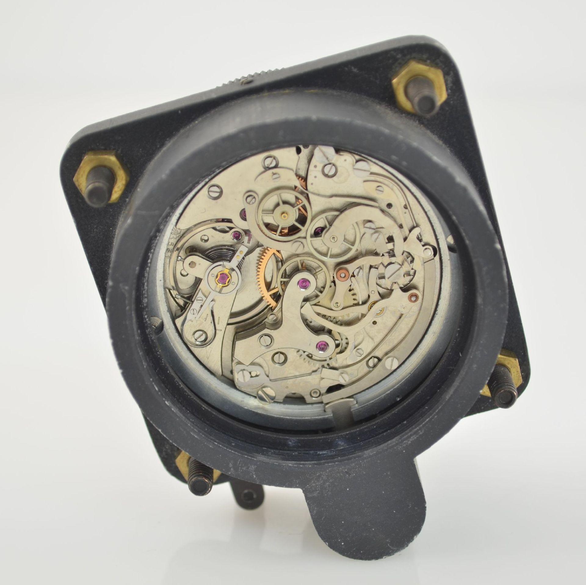 SPORTING TYPE 11 Borduhr mit Chronograph (Dashboard), Schweiz um 1970, geschwärztes Metallgeh., - Bild 7 aus 7