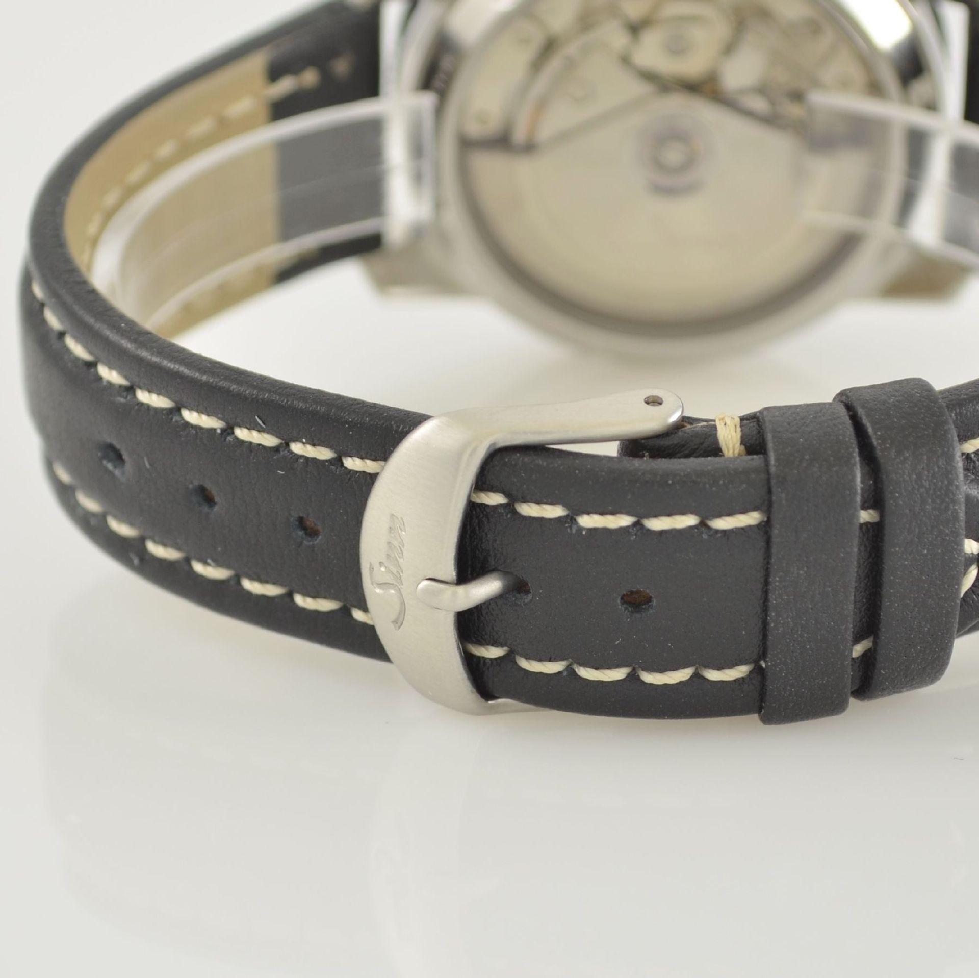 SINN Armbandchronograph, Automatik, Schweiz um 2010, pol. Edelstahlgeh. inkl. orig. Lederband m. - Bild 5 aus 6