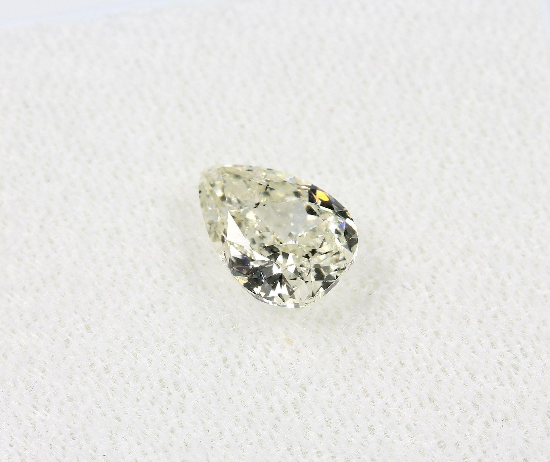 Loser Diamant, 1.02 ct get.Weiß (L)/p1, tropfenf. facett., mit HRD-Expertise Schätzpreis: 2565, - - Bild 3 aus 5