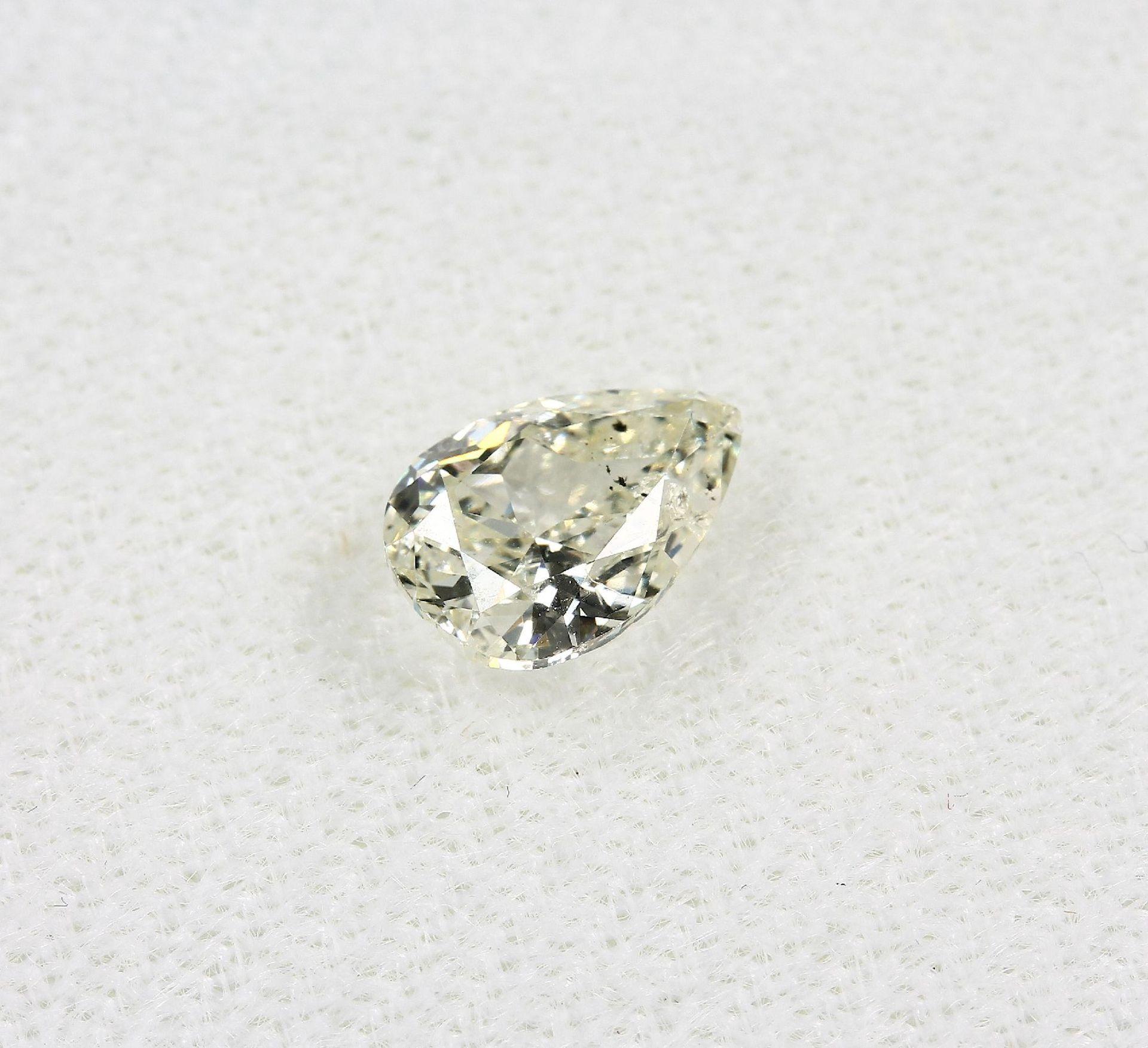 Loser Diamant, 1.02 ct get.Weiß (L)/p1, tropfenf. facett., mit HRD-Expertise Schätzpreis: 2565, - - Bild 4 aus 5