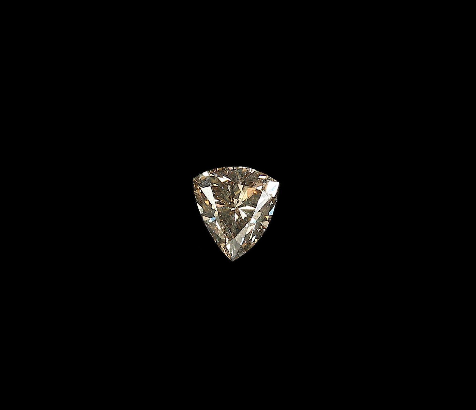 Los 70056 - Lose braune Diamant-Triangel 0.96 ctLoose brown diamond-triangle 0.96 ct