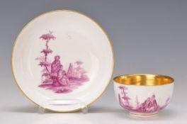 Tasse mit Untertasse, Meissen, um 1735-40, aus einem Goldfondservice, Maler wohl Christian Friedrich