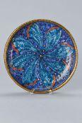 Prunkteller, André Metthey, um 1905, Steinzeug, blauer Fond, mit stilisierter türkisfarbener