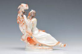 Porzellanfigur, Meissen, um 1936-38, Entwurf Paul Scheurich, Mohr mit Kakadu, polychrom bemalt,