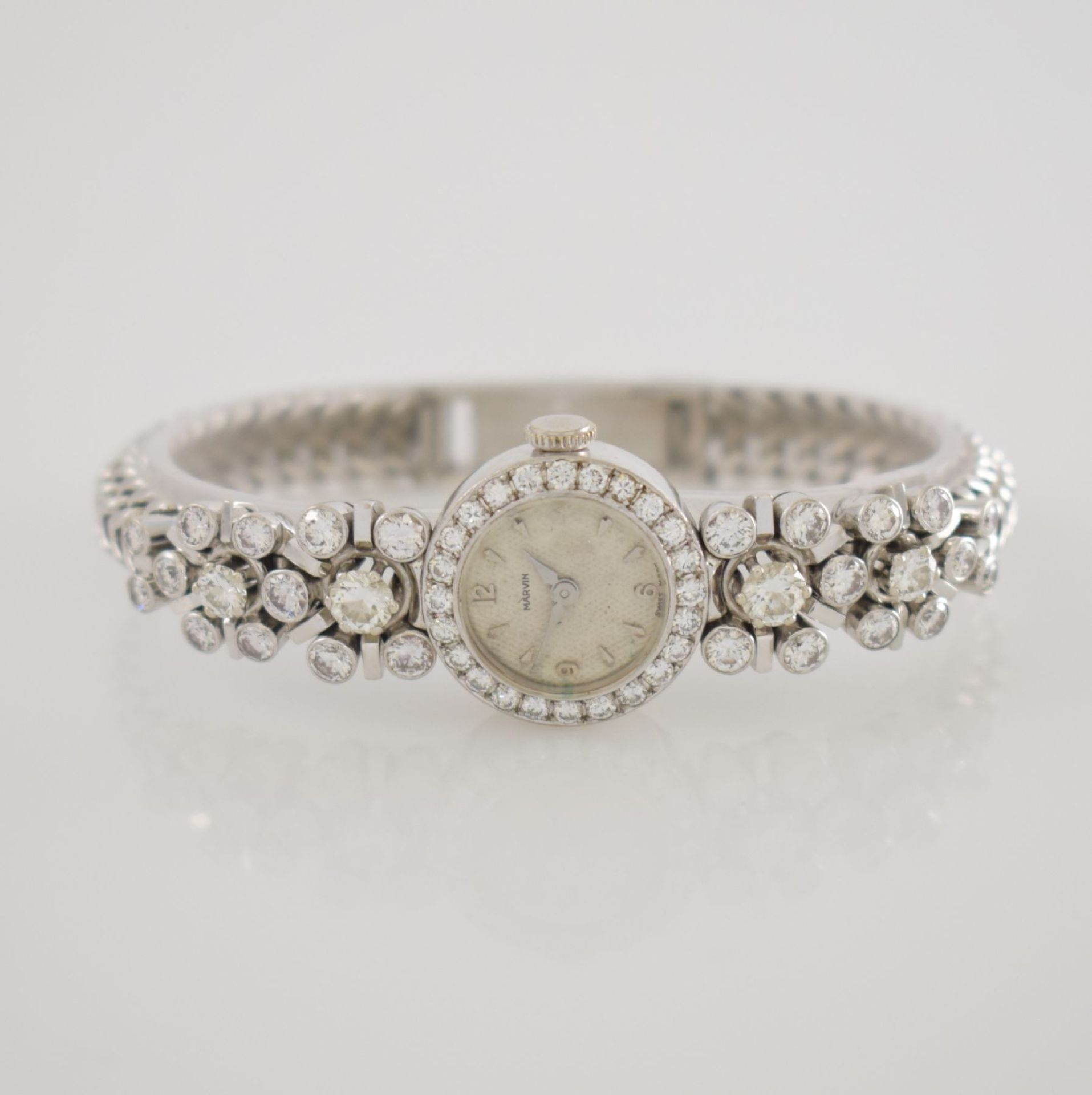 MARVIN Art Deco ausgefallene Damenarmbanduhr in WG 585/000 m. Diamanten zus. ca. 2,50 ct, Schweiz um