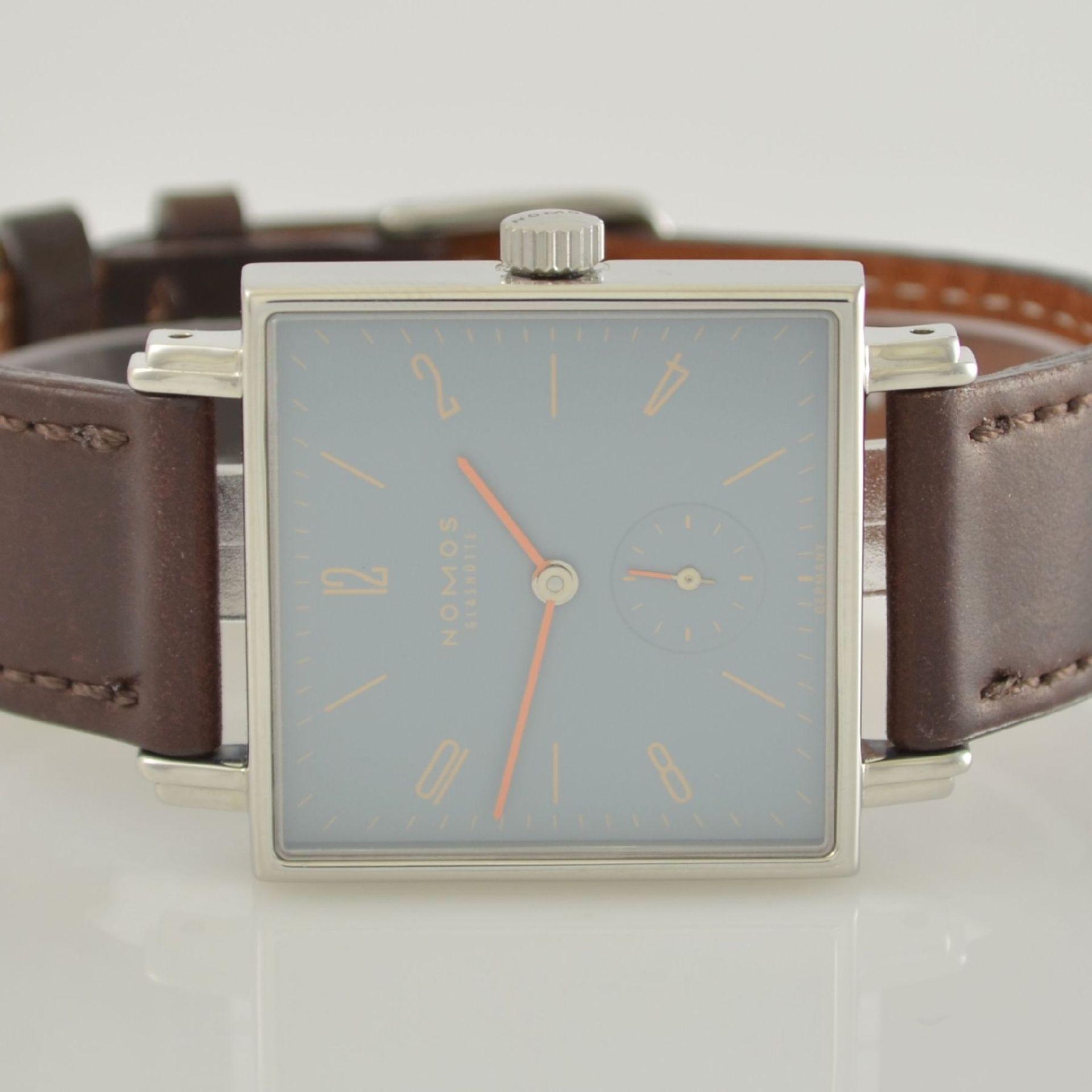 NOMOS Tetra Adonisröschen Armbanduhr in Edelstahl, Deutschland um 2010, Handaufzug, quadratisches - Bild 2 aus 6