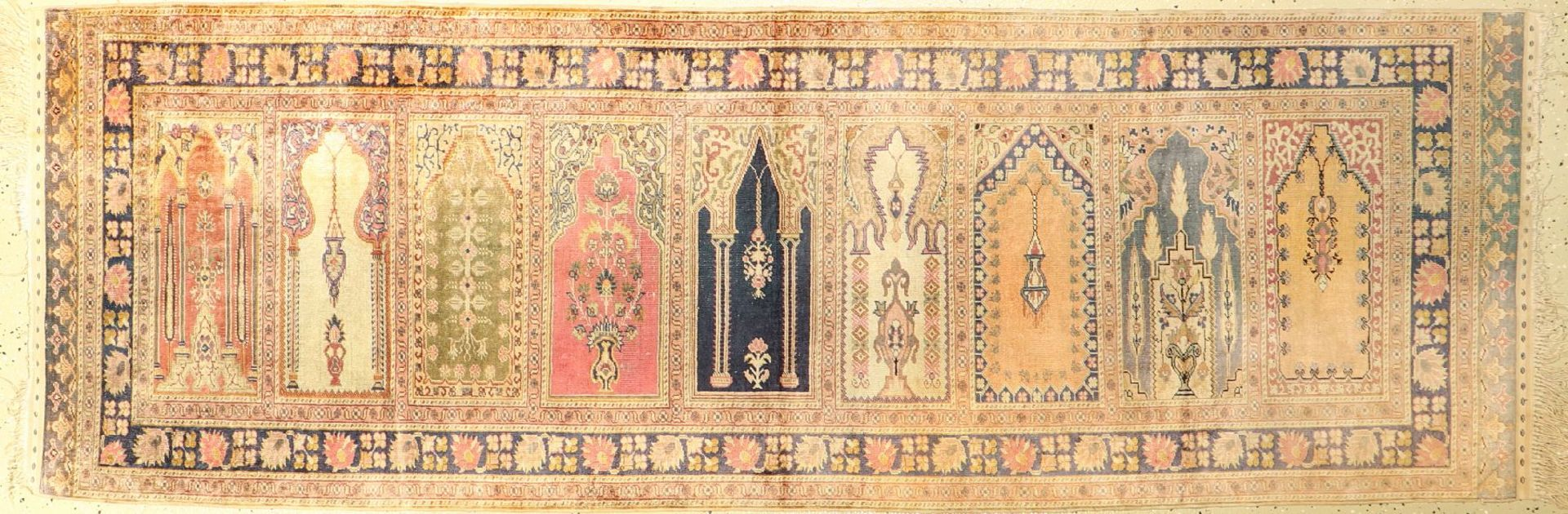 """Seiden Kaisery """"Flosh"""" alt, Saf, Türkei, um1940, Floshseide, ca. 237 x 80 cm, EHZ: 3Silk Kaisery """""""