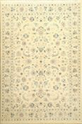Nain fein (9 La), Persien, ca. 30 Jahre, Korkwolle mit Seide, ca. 201 x 137 cm, EHZ: 2Nain Rug (9