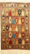Feiner Seiden Kaisery alt, Türkei, ca. 50 Jahre, reine Naturseide, ca. 136 x 85 cm, Farsch Tu Farsch