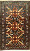 Eriwan alt, Rußland, ca. 60 Jahre, Wolle auf Baumwolle, ca. 166 x 103 cm, EHZ: 2Eriwan Rug (Seikur