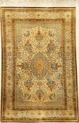 Seiden Ghom alt, Persien, ca. 50 Jahre, reine Naturseide, ca. 206 x 140 cm, EHZ: 2Silk Qum Rug,