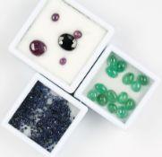 Lot lose Farbsteine, best. aus: Saphire zus. ca. 13.5 ct, versch. Größen und Schliffarten;