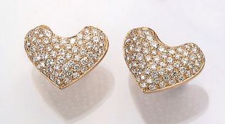"Pair of 18 kt gold earrings ""hearts"" with brilliants , YG 750/000, brilliants total approx. 3.0 ct"