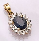 18 kt gold pendant with sapphire and brilliants , YG 750/000, oval bevelled sapphire approx. 1.00