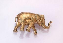 "21.6 kt gold sculpture ""elephant"" , approx. 22.8 g, YG 900/000, naturalistic representation,"