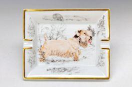 ash-tray, Hèrmes Paris, porcelain, with dogs motif, gold rim, approx. 3.5x19x16cm