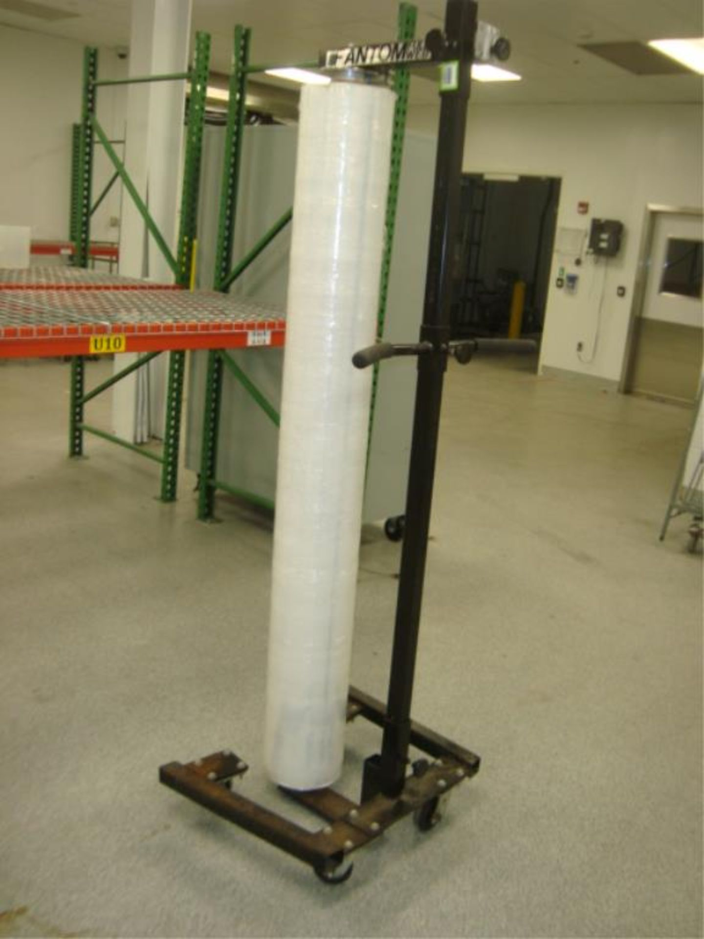 Lot 3735 - Mobile Stretch Wrapper