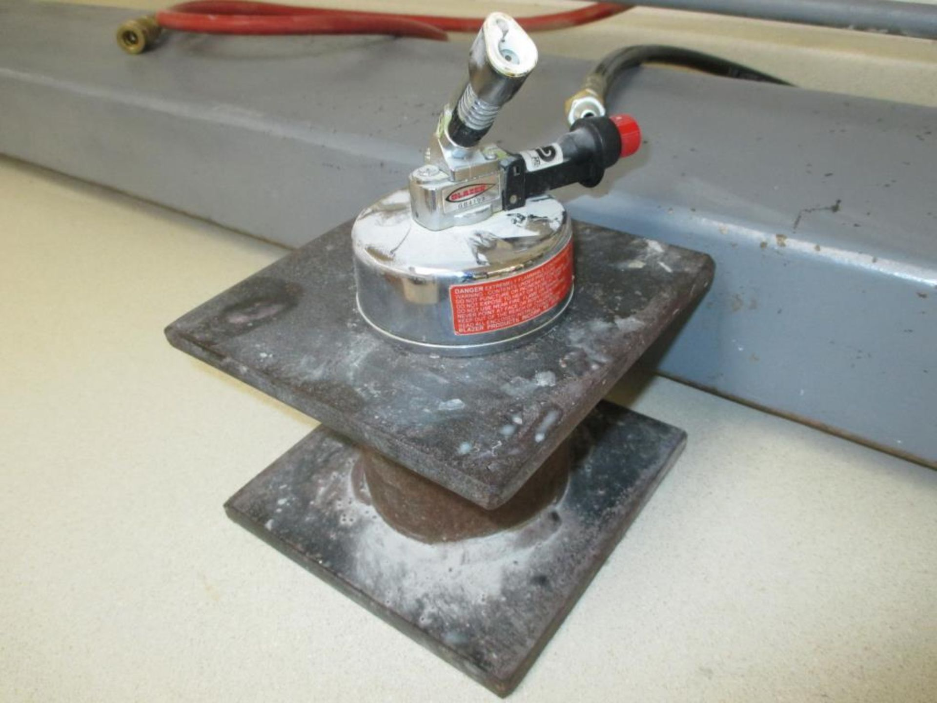 Lot 115 - Vacuum Forming Tube for Dental Sets