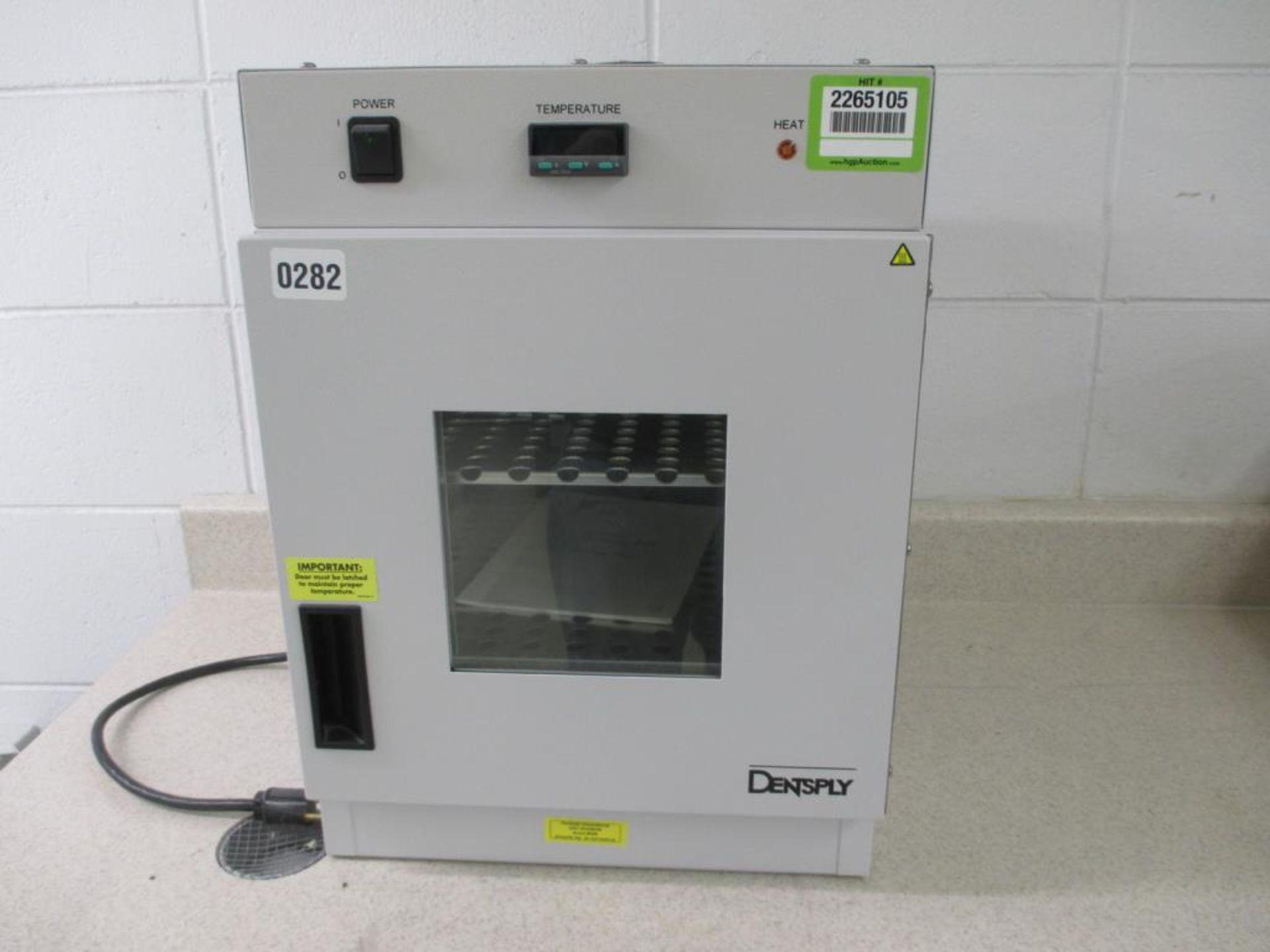 Lot 103 - Curing Porcelain Dental Oven