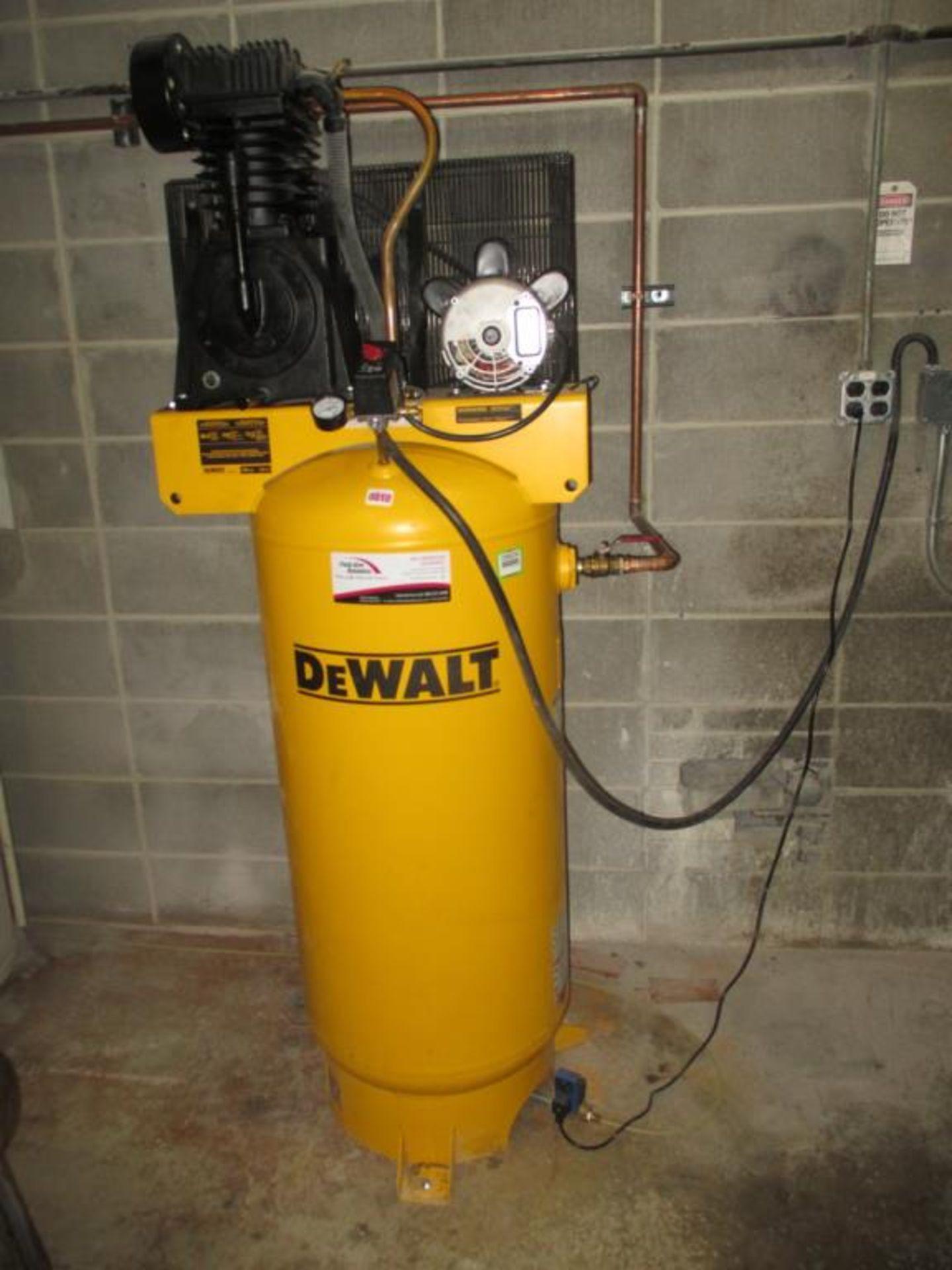 Lot 125 - 60 Gal Vertical Air Compressor