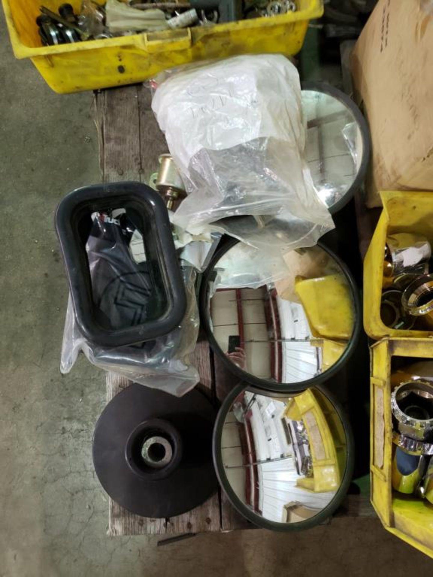 Lot 121 - Truck Accessories