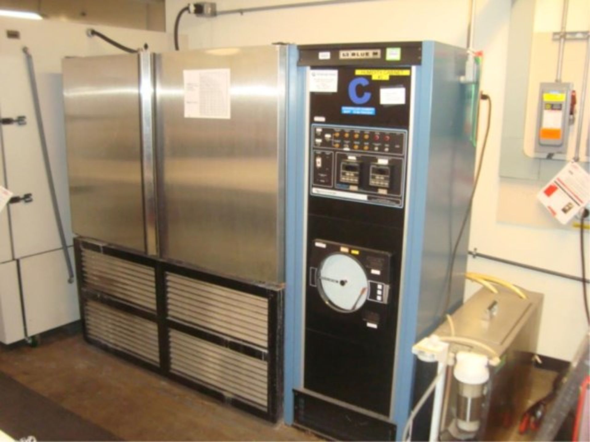 Humidity Test Chamber - Image 7 of 12
