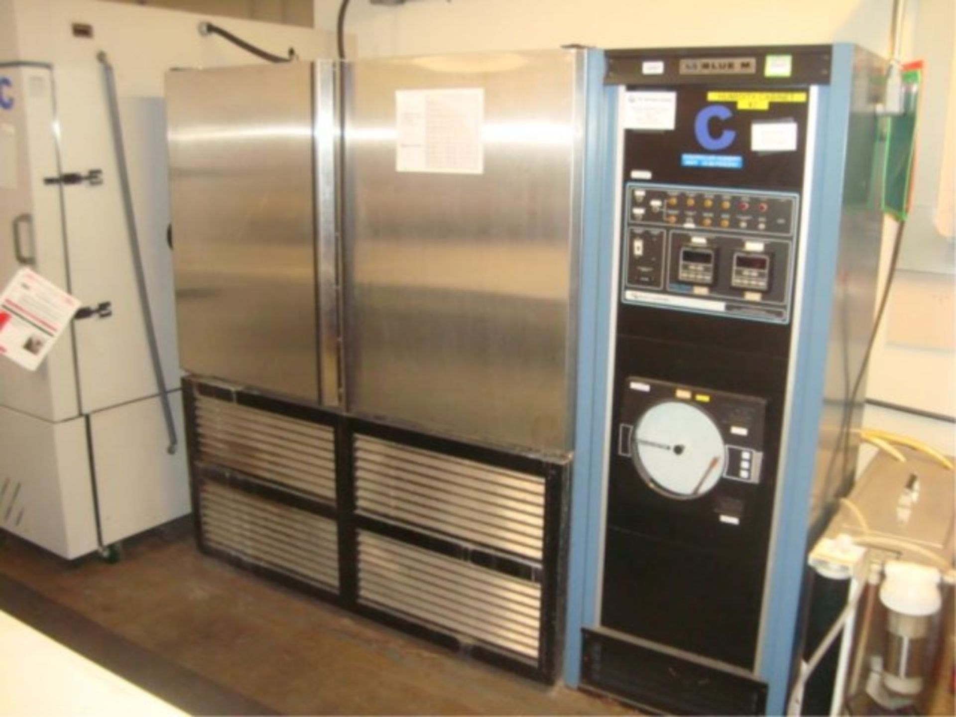 Humidity Test Chamber - Image 2 of 12