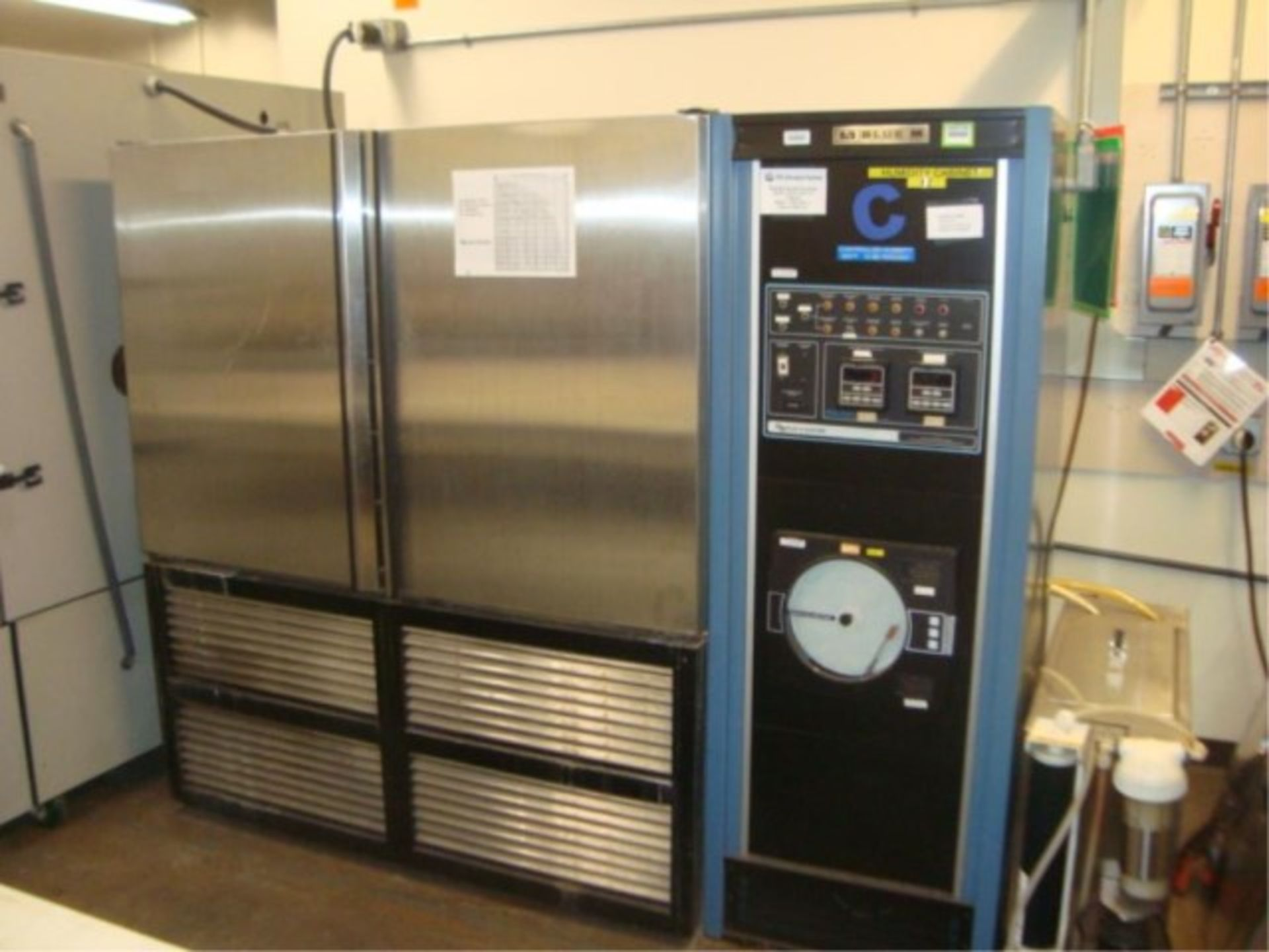 Humidity Test Chamber - Image 12 of 12