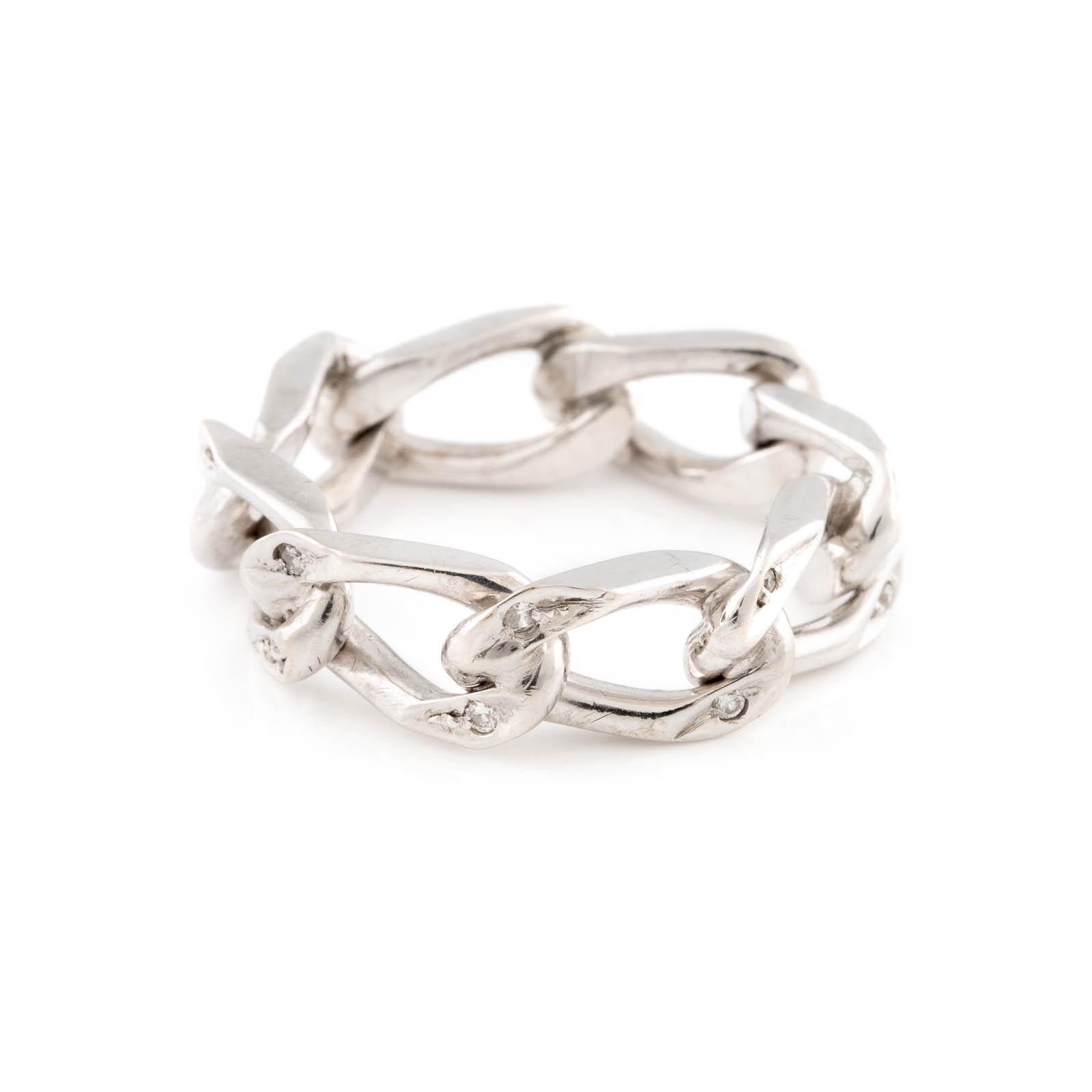 Lot 47 - DIAMANT-RING Weißgold. Ringmaß ca. 53, Ges.-Gew. ca. 6,1 g. Geprüft 14 K. 16 Diamanten im
