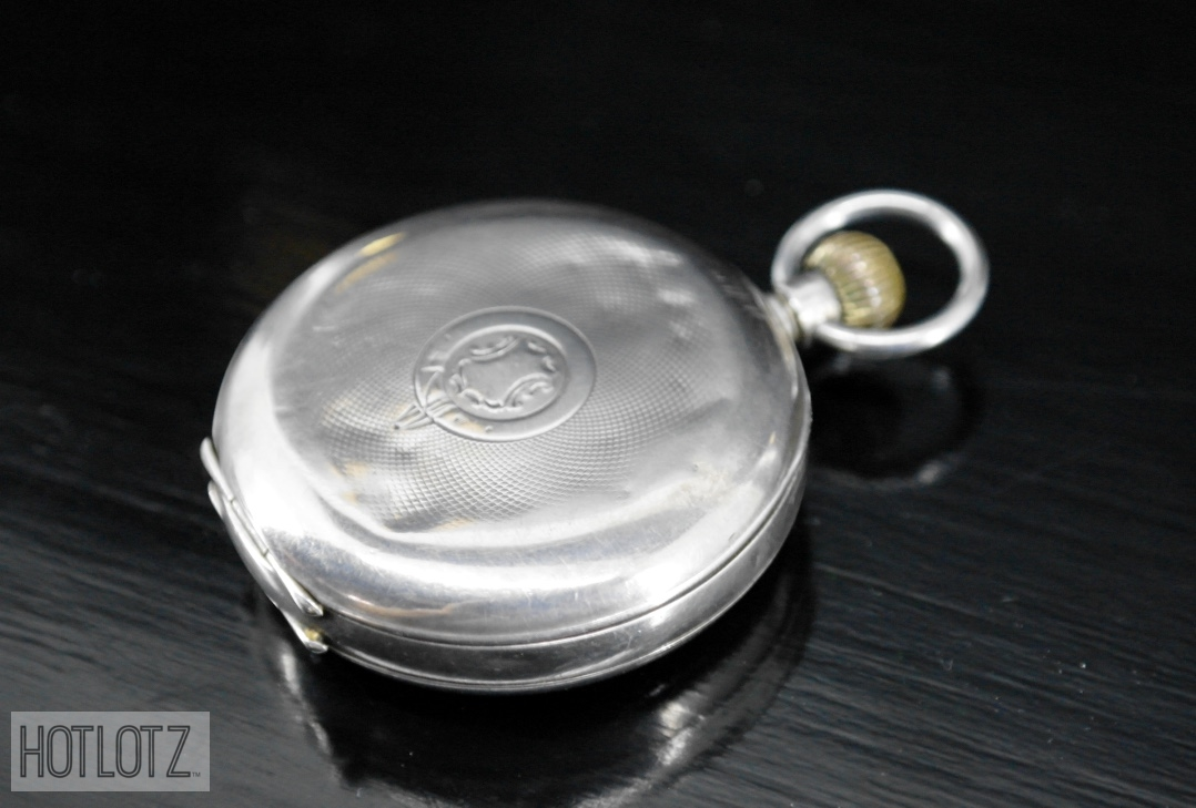 Lot 25 - AN ANTIQUE ENGLISH SILVER POCKET WATCH