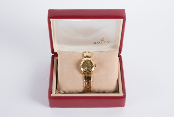 Lot 3 - ROLEX - A VINTAGE 'OYSTER PERPETUAL' DATEJUST LADIES WATCH