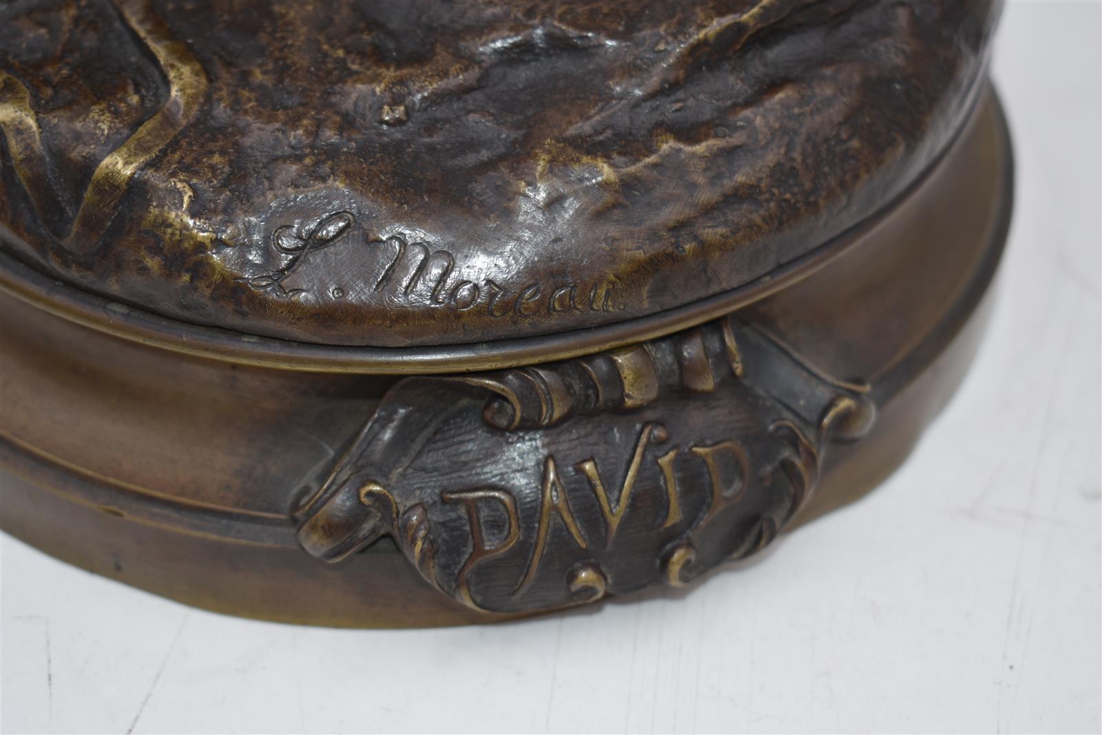 """Lot 149 - Louis Auguste MOREAU (1855-1919), d'après. """"David armé de sa fronde"""", signé """"L. [...]"""