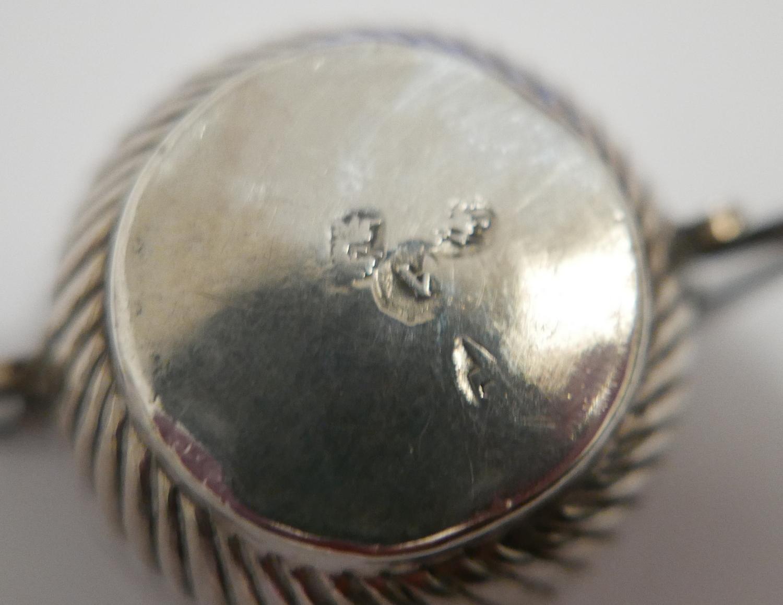 Lot 8 - Antique George 1st Babies Silver Porringer hallmarked for London 1716 - 45mm diameter