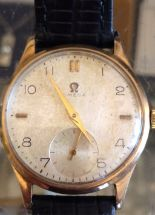 Lot 445 - Vintage Omega 9 karat Gents Gold Wristwatch with 260 movement and 15 jewels working order.