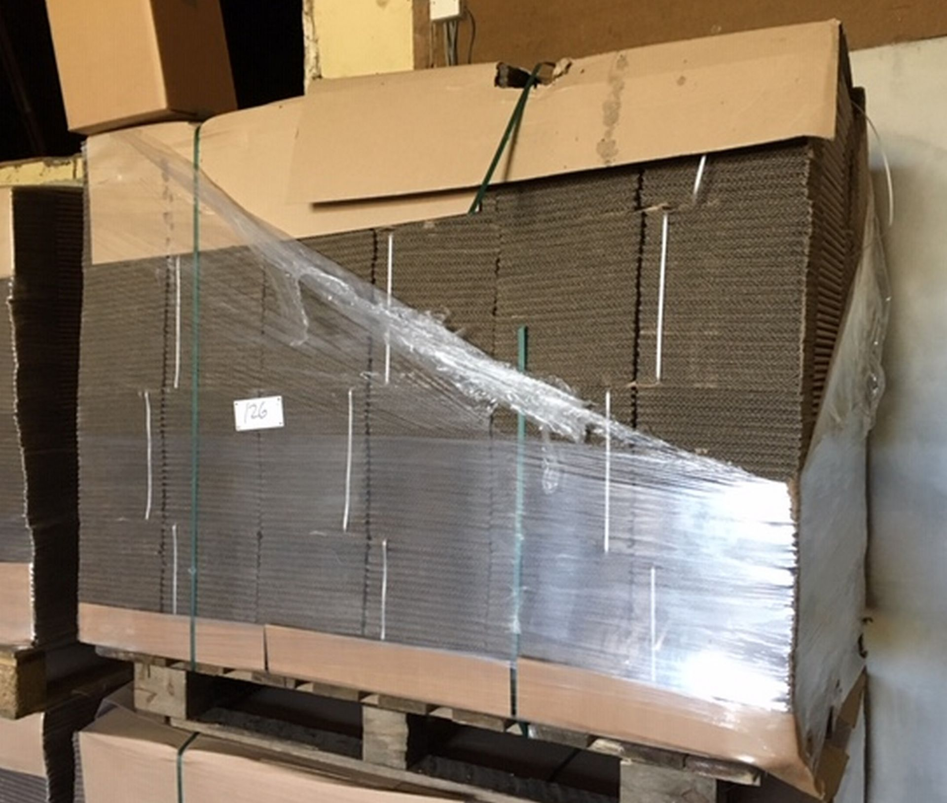 Lot 126 - Pallet of 480 Cardboard Boxes 210mm x 210mm x 232mm.