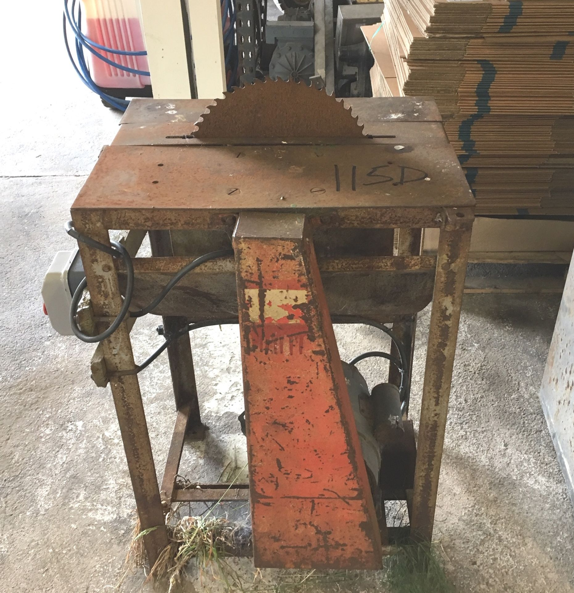 Lot 115D - Bench Saw.