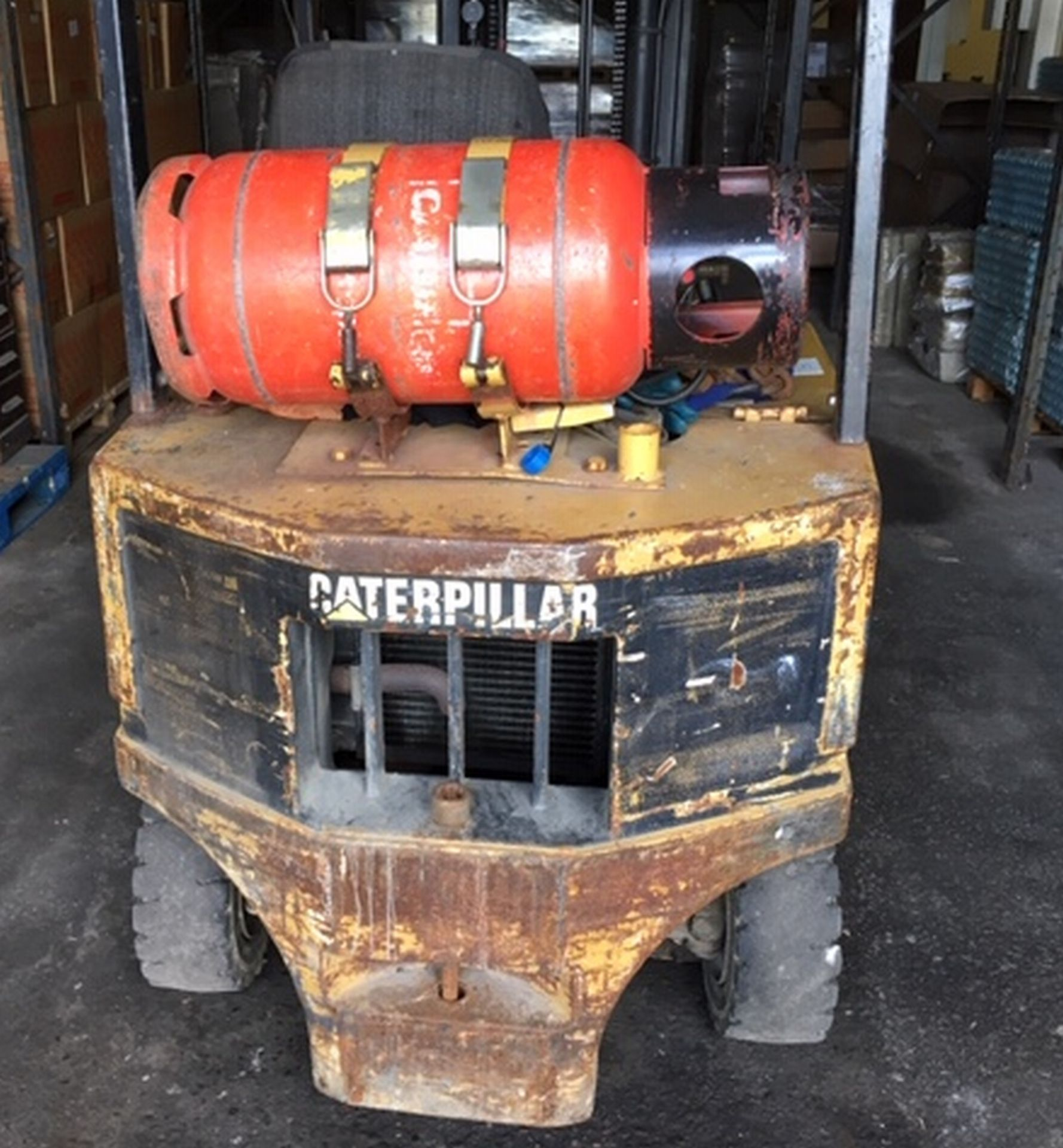 Lot 151 - Caterpillar V209 Gas Forklift - working order.