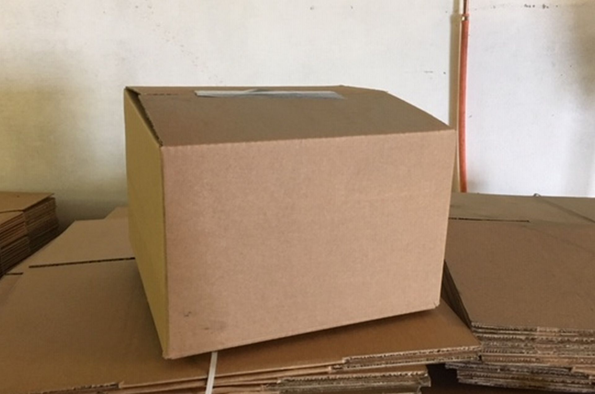"""Lot 109 - Pallet of Cardboard Boxes 700 in total each approx 11"""" x 11"""" x 7 1/2""""."""