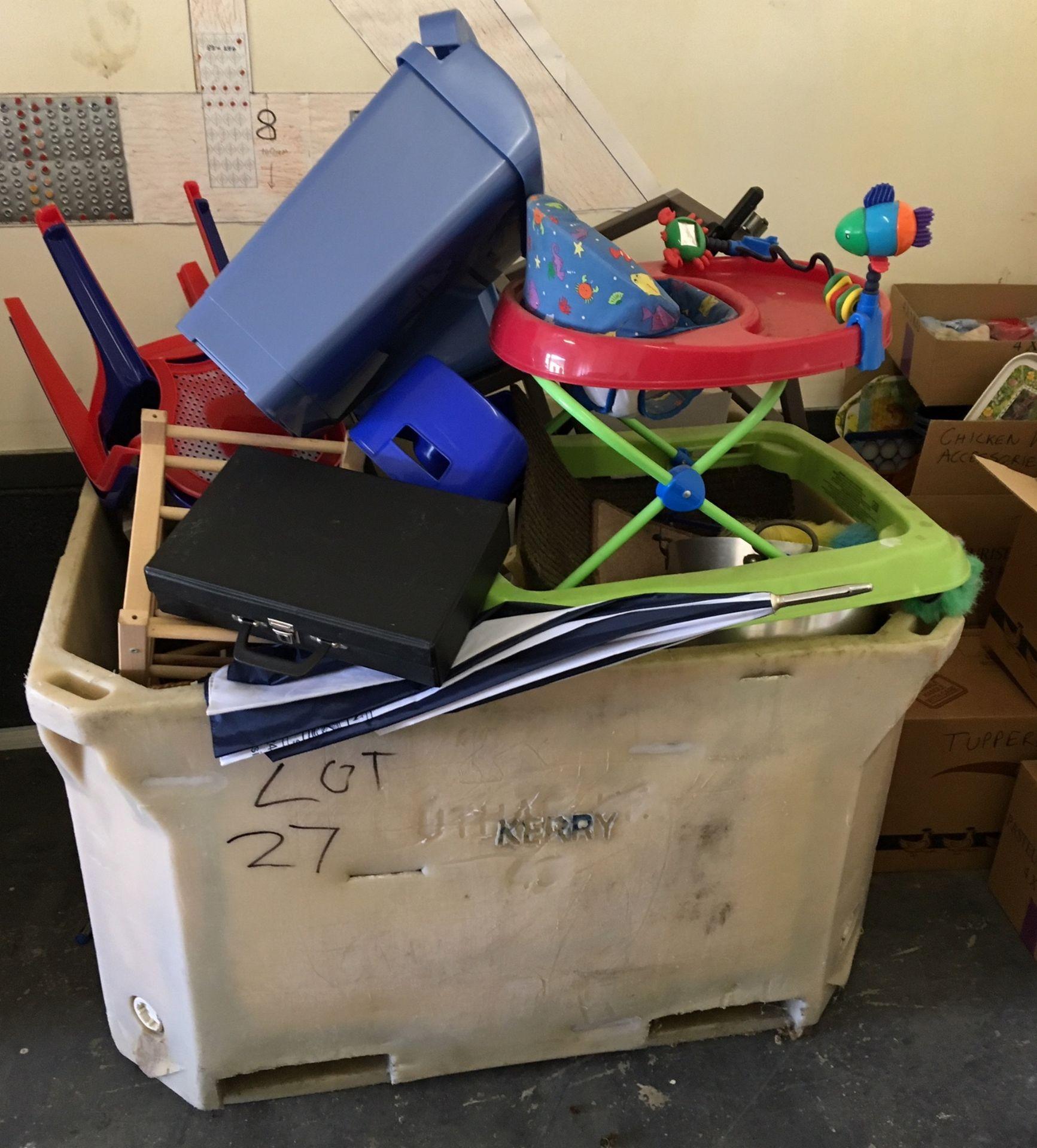 Lot 27 - Plastic Pallet of Odds.