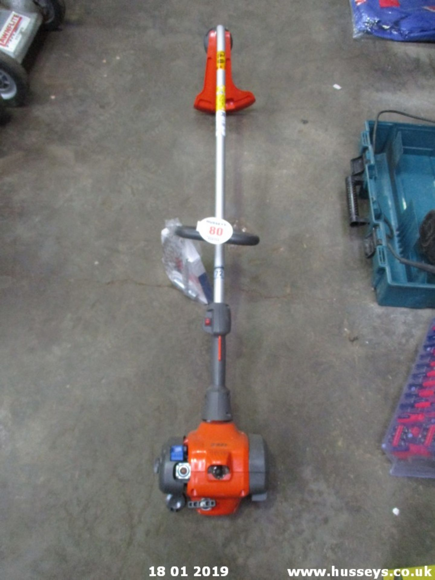 Lot 80 - HUSQVARNA STRIMMER (NEW0